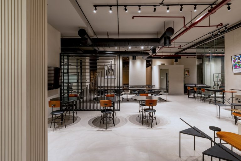 R House coworking space Riyadh memberships
